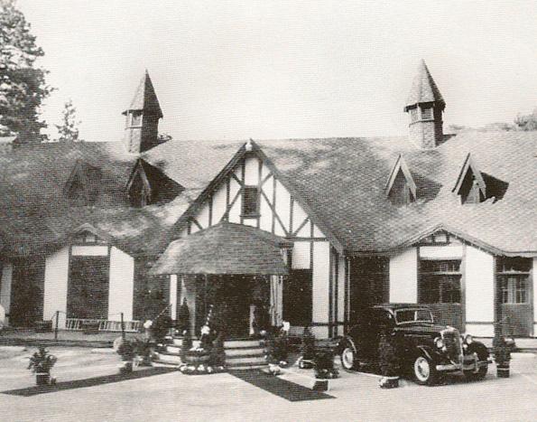 The Tudor House - Arrowhead Villas