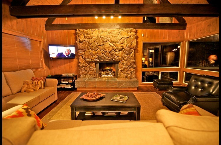 Gas fireplace and flat screen TV in Living Room