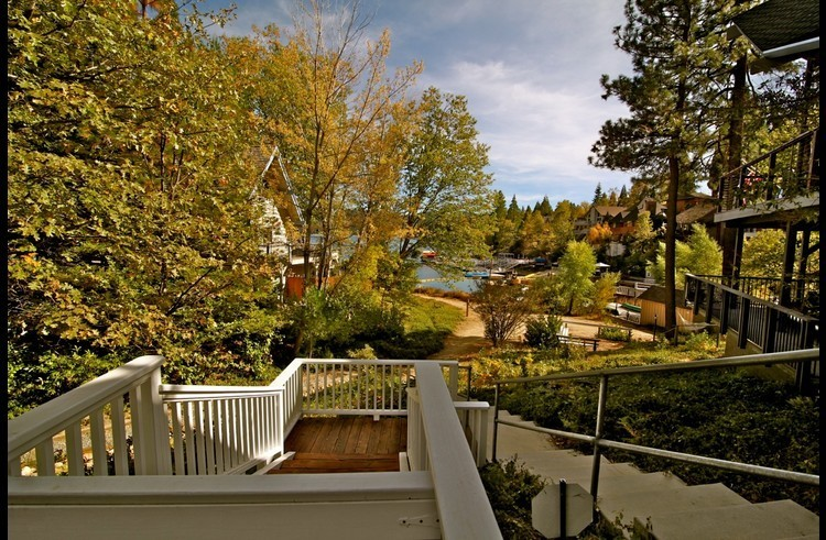 Short walk down the stairs to Lake Arrowhead's North Bay