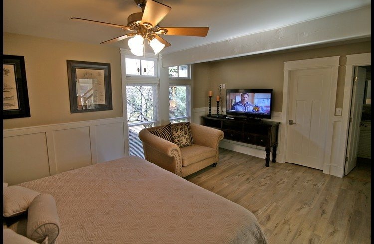 Spacious master suite with attached bathroom and walk-in closet