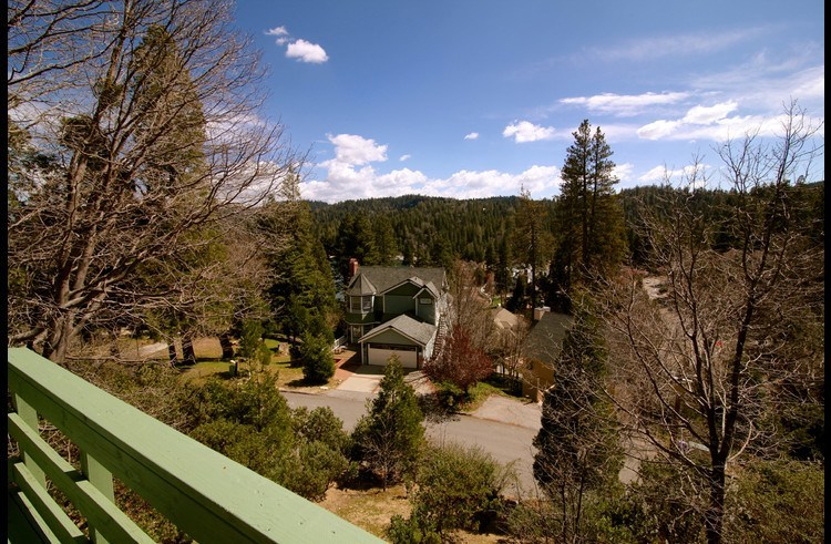 Panoramic views from the deck