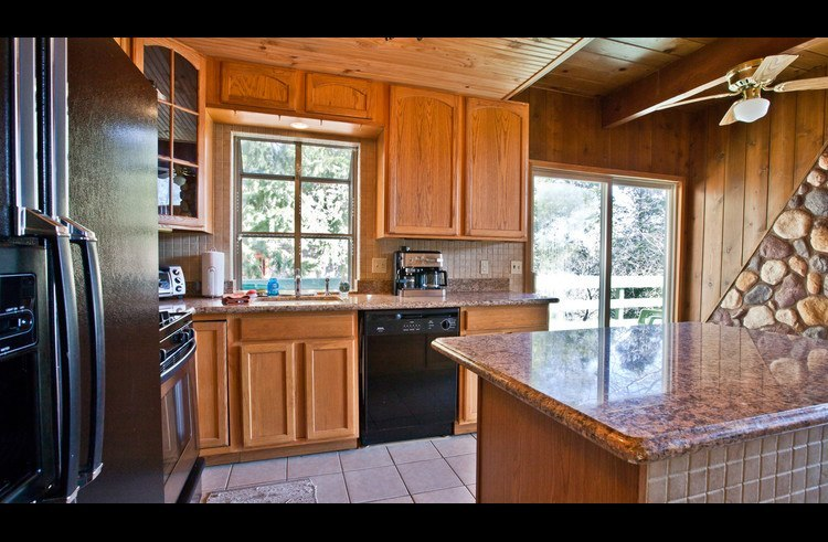 Granite counter tops in kitchen