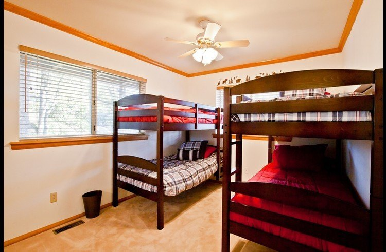 Guest room 3 with two twin size bunk beds