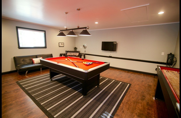 Combination pool table / ping pong table