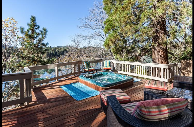 Hot tub on the lower level deck with views of Lake Arrowhead
