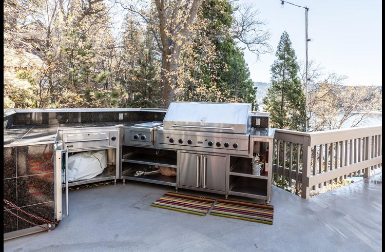 Outdoor cooking center with Viking BBQ