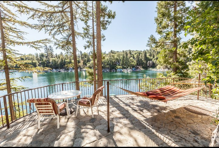 Emerald Bay Lakefront Lod...