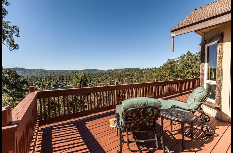 relax on the deck with views of Lake Arrowhead