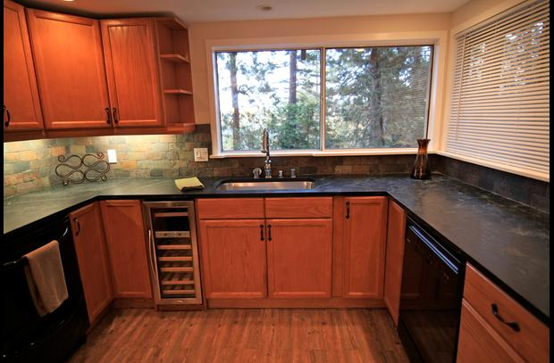 Gourmet kitchen with two dishwashers...great for entertaining large groups