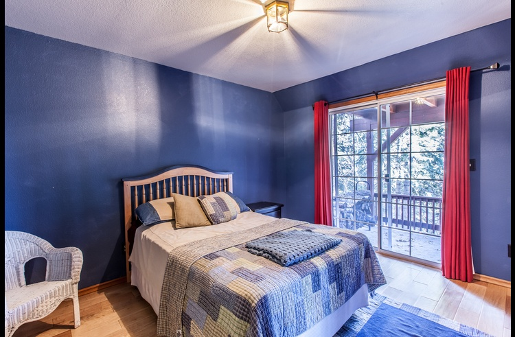 Guest room 1 on lower level with full size bed