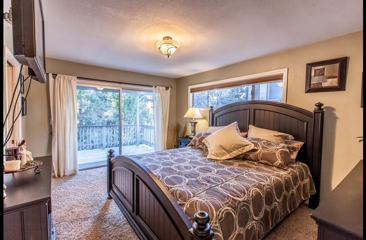 Master bedroom on lower level with king size bed