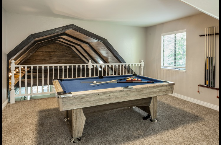 Pool table on the upper level