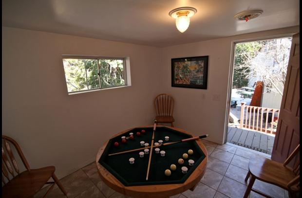 Combination poker / bumper pool table