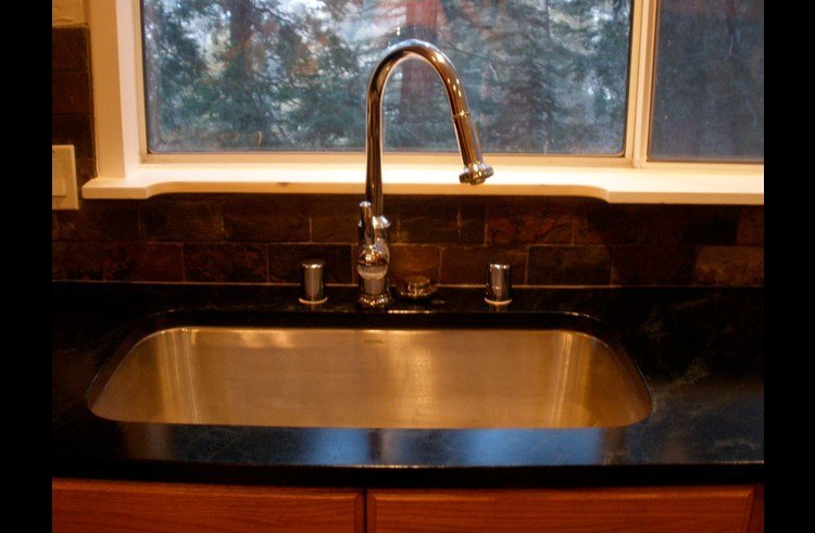 Large stainless steel basin kitchen sink