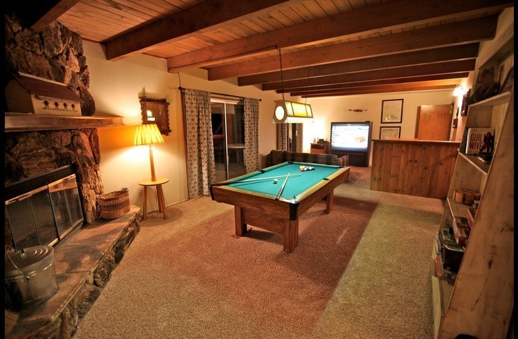 View of game room with 60