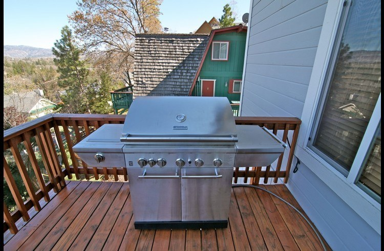 Large natural gas stainless steel BBQ